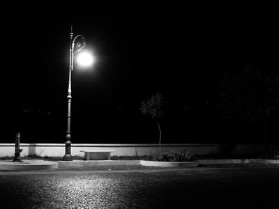 lampadaire qui eclaire